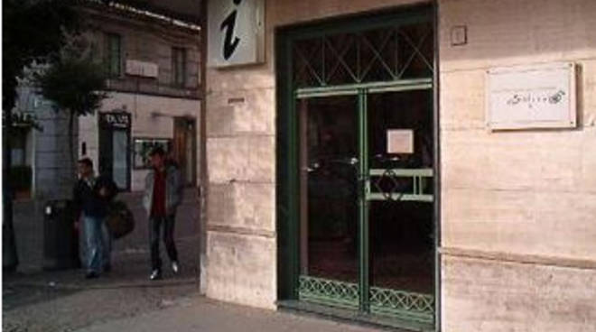 Ufficio Verde Pubblico Salerno : Ept salerno riapertura ufficio informazioni positanonews.it