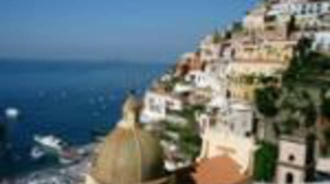 58075539-positano-church-sirenuse-150pix.jpg