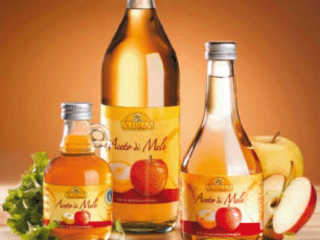 rimedi naturali con aceto di mele