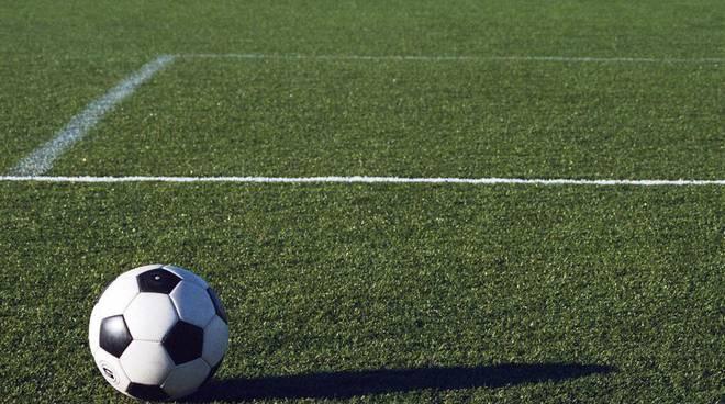 28529254-campetto-calcio.jpg
