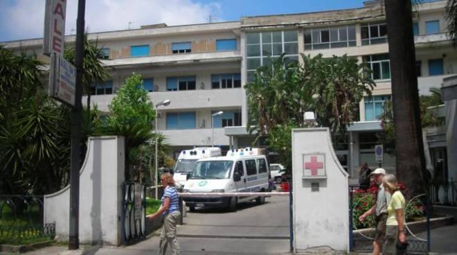 70212711-ospedale-di-sorrento.jpg