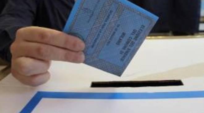 ballottaggi-affluenza-in-calo-ma-non-a-milano.png