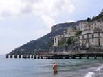 pontile-di-minori-costiera-amalfitana-foto-positanonews.jpg