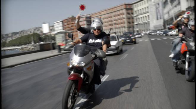 Falchi_Della_Polizia_Di_Napoli_In_Azione.jpg