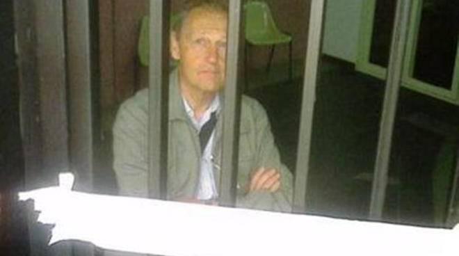Prigioniero dei bagni pubblici piazza plebiscito l´addetto va a