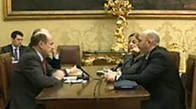 Bersani_Crimi_Incontro_Pd_Cinque_Stelle_In_Diretta_Streaming_Nulla_Di_Fatto_Video.jpg