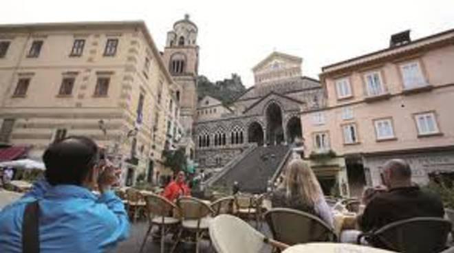 Amalfi. Tassa di soggiorno, parte il sondaggio di Positanonews. VOTA ...