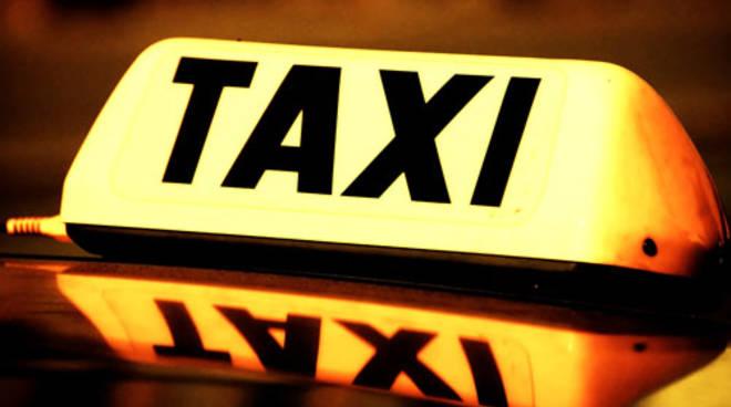taxi111.jpg