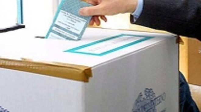 official photos dfd34 e9b29 elezioni 10 original-2.jpg