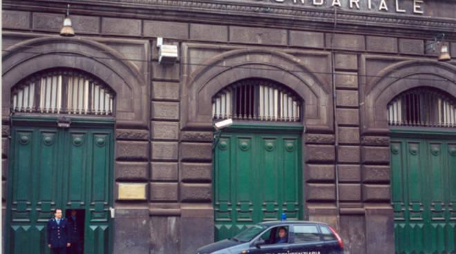 carcere-poggioreale-road-tv.jpg