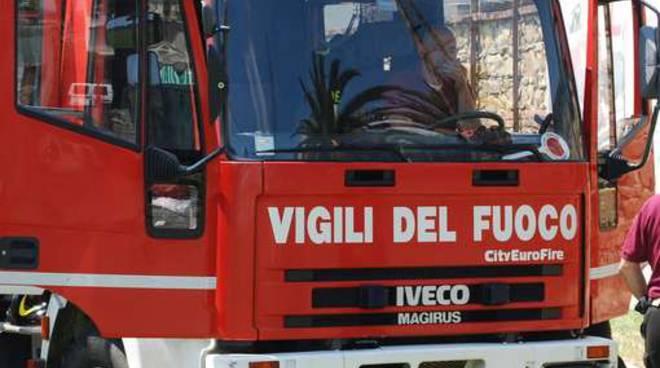 vigili-del-fuoco-503c05.jpg