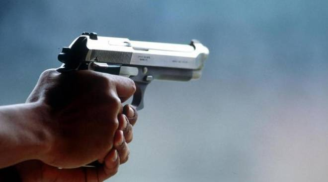 pistola-giocattolo.jpg