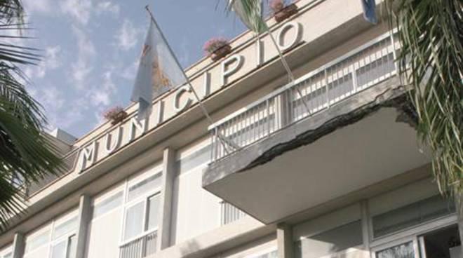 Piano_Di_Sorrento-municipio.jpg