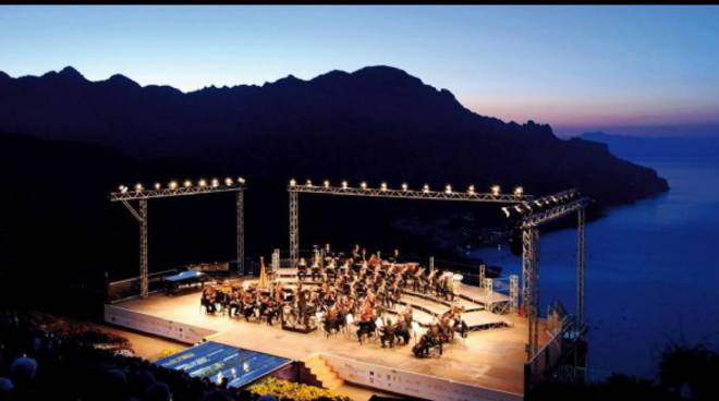 RAVELLO CONCERTO ALL'ALBA.jpg