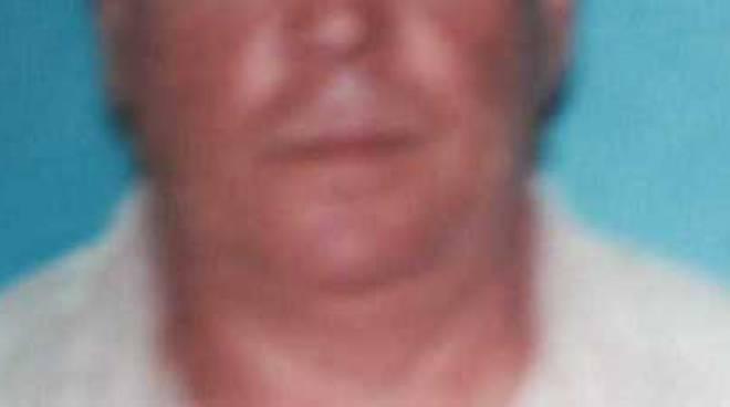 Giallo Ad Afragola Trovato Morto In Casa Volto Tumefatto E In Una