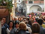 folla_centro_storico_.jpg