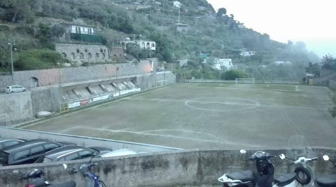 Campo Sportivo di Montepertuso.jpg