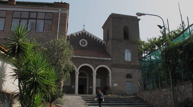 chiesa-di-casarlano.jpg