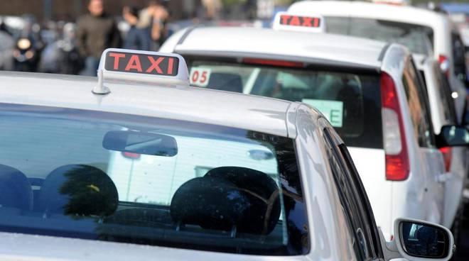 taxi-noleggio-con-conducente-8.jpg