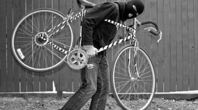 ladro-biciclette.jpg
