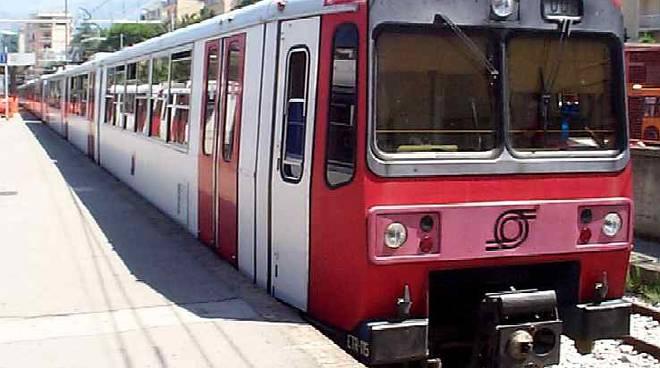 Treno-Circumvesuviana-Sorrento