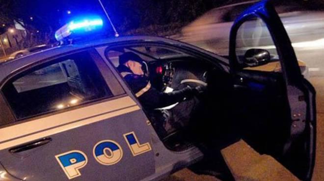 polizia-auto-notte