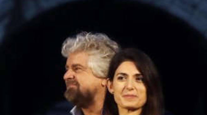 Grillo con Virginia Raggi