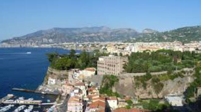 Sorrento Via Capo