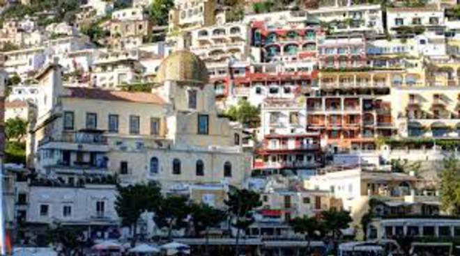 Costiera Amalfitana, tassa di soggiorno: qualcosa non quadra ...