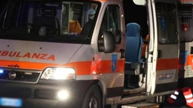 ambulanza_notte_soccorso