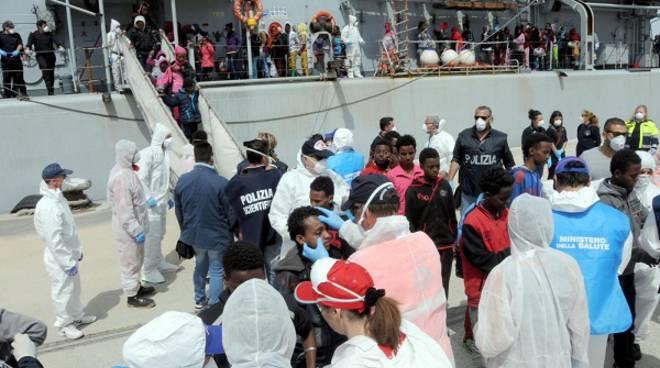 A portare i migranti a Valencia saranno navi italiane