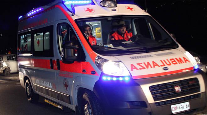 Ambulanza-di-notte.jpg