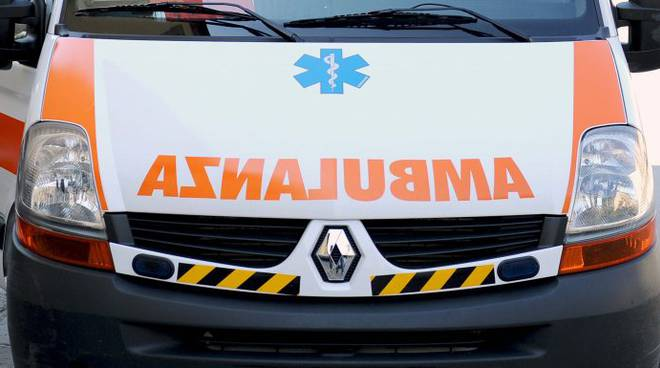 ambulanza3-696x385.jpg