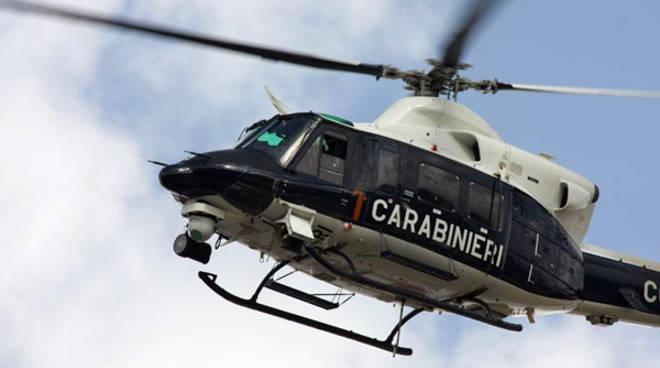carabinieri-elicottero-generale.jpg