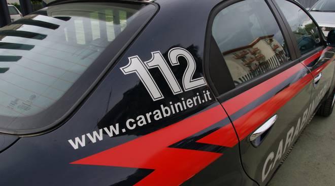 Sorrento, 5 arresti per violenza sessuale di gruppo: vittima una turista inglese