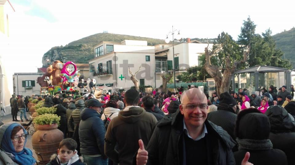 La bellezza del Carnevale a Termini di Massa Lubrense foto