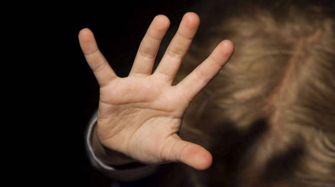 Abusi su minori a Roma ed Avellino