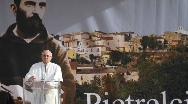 Papa Francesco da Padre Pio