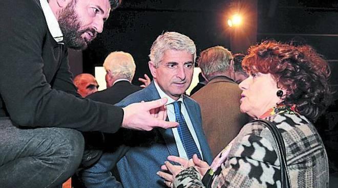 Rissa sfiorata all'assemblea PD di Napoli: interviene la polizia
