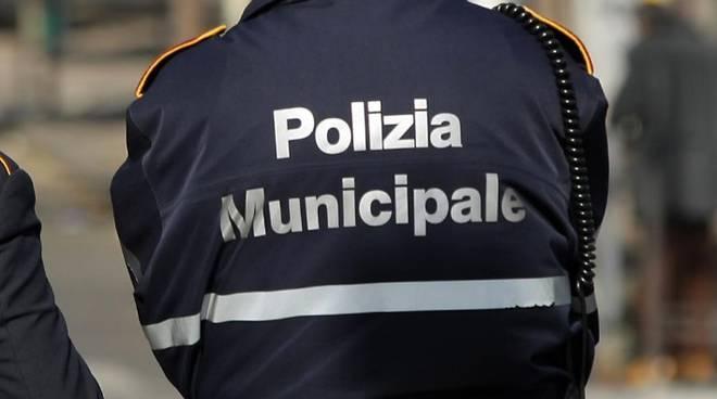 sorrento-opere abusive-casa vacanze-polizia