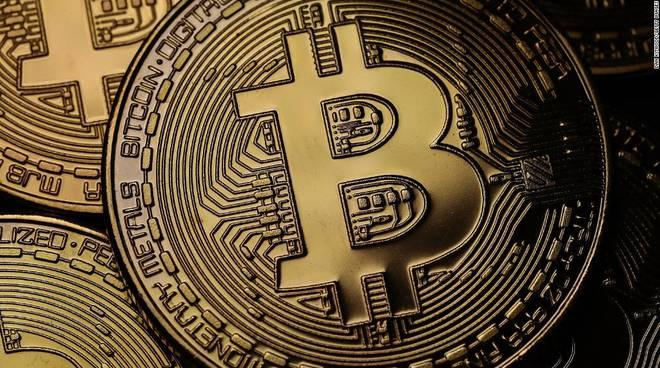 Bitcoin: moneta o moda?