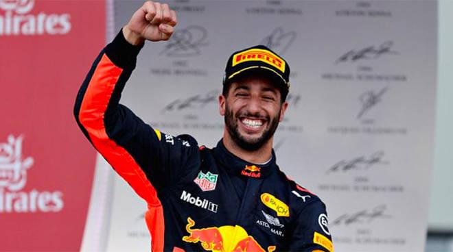 Ricciardo vince il GP di Cina