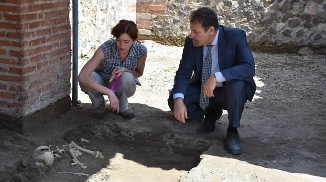 Pompei, trovato scheletro di un bambino
