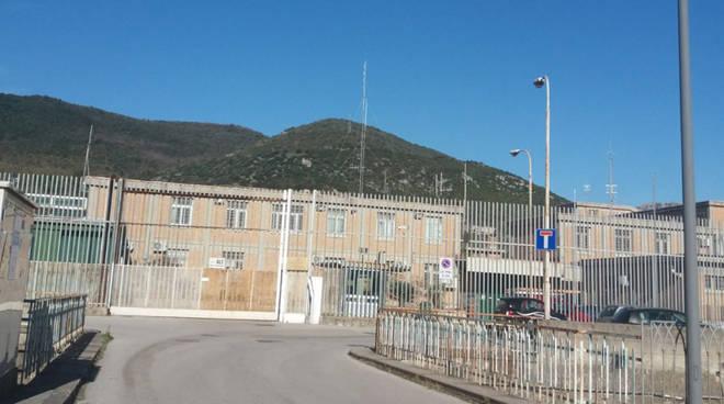 Terroristi islamici detenuti, allarme nel carcere di Fuorni