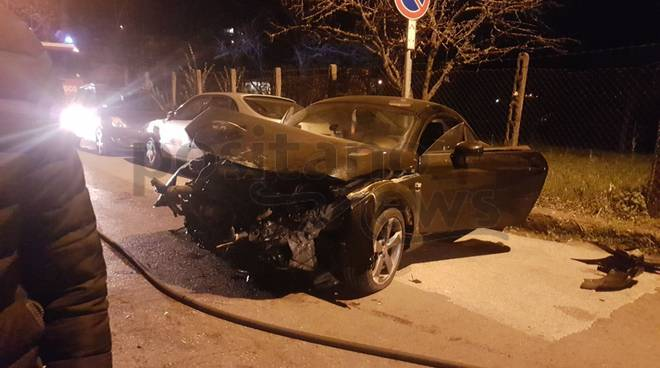 tramonti incidente auto