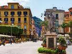 A Sorrento Corso Italia resta isola pedonale
