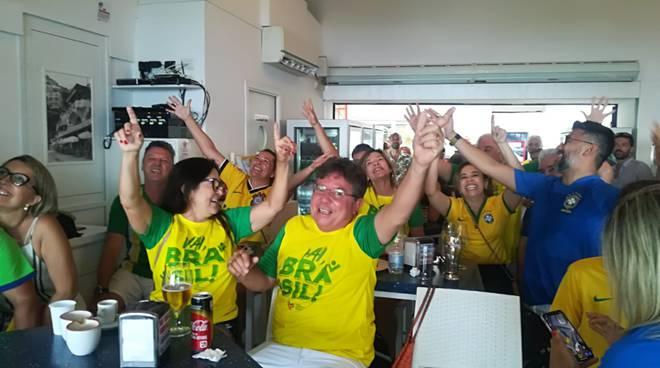 brasiliani esultanza