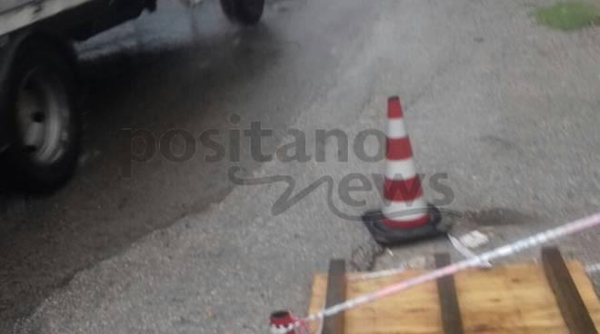 A Piazza del Galdo di Mercato San Severino un pericolo ignorato ...