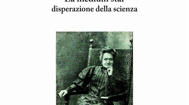 Cover libro su Eusapia Palladino