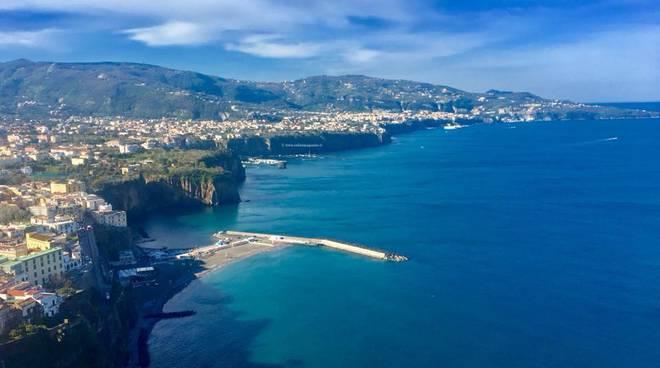 Dati allarmanti dell'Arpac per il mare della penisola sorrentina